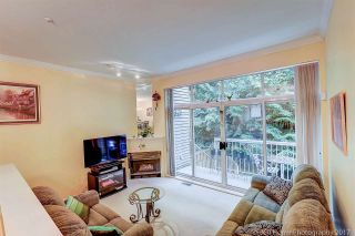 """Photo 4: 8410 CORNERSTONE Street in Vancouver: Champlain Heights Townhouse for sale in """"MARINE WOODS"""" (Vancouver East)  : MLS®# R2178515"""
