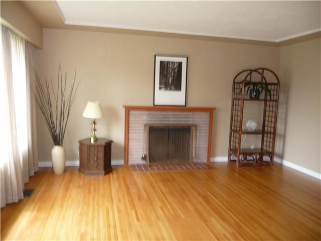 Photo 2: Photos: 2665 E 45TH Avenue in Vancouver: Killarney VE House for sale (Vancouver East)  : MLS®# V834899