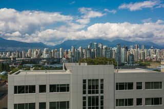 "Photo 17: 820 1268 W BROADWAY in Vancouver: Fairview VW Condo for sale in ""CITY GARDEN"" (Vancouver West)  : MLS®# R2074381"