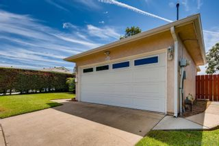 Photo 2: DEL CERRO House for sale : 3 bedrooms : 4997 TWAIN AVE in SAN DIEGO