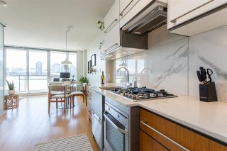 """Photo 5: 901 718 MAIN Street in Vancouver: Strathcona Condo for sale in """"Ginger"""" (Vancouver East)  : MLS®# R2590800"""