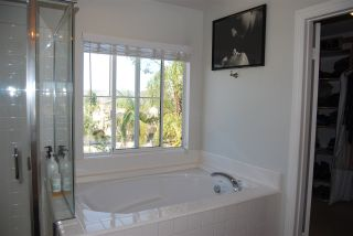 Photo 12: OCEANSIDE House for sale : 4 bedrooms : 1079 Greenway Rd