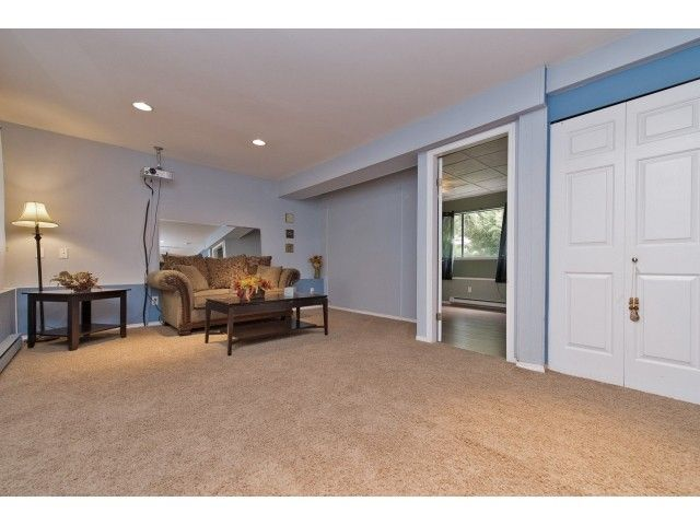 Photo 16: Photos: 35371 WELLS GRAY Avenue in Abbotsford: Abbotsford East House for sale : MLS®# F1439280