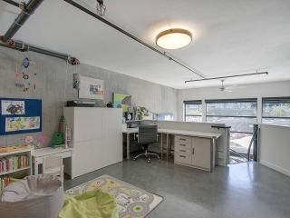 """Photo 14: 305 428 W 8TH Avenue in Vancouver: Mount Pleasant VW Condo for sale in """"XL LOFTS"""" (Vancouver West)  : MLS®# R2184000"""