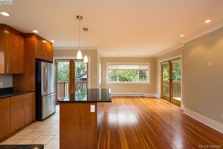 Photo 5: 540 Cornwall St in VICTORIA: Vi Fairfield West House for sale (Victoria)  : MLS®# 772591