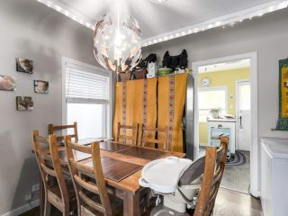 """Photo 5: 28 E 19TH Avenue in Vancouver: Main House for sale in """"MAIN"""" (Vancouver East)  : MLS®# R2161603"""