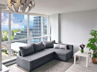 """Photo 4: 1110 10777 UNIVERSITY Drive in Surrey: Whalley Condo for sale in """"City Point"""" (North Surrey)  : MLS®# R2456310"""