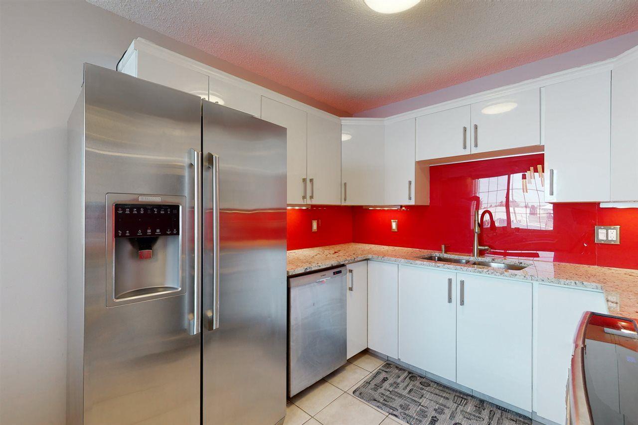 Main Photo: 12223 62 Street in Edmonton: Zone 06 House Half Duplex for sale : MLS®# E4228617