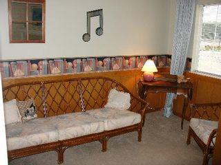 Photo 5: 217 - 11510 225TH ST in Maple Ridge: Condo for sale (Canada)  : MLS®# V593920
