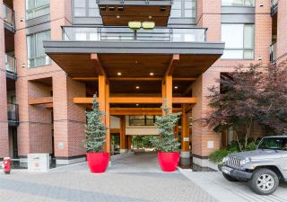"Photo 25: 429 723 W 3RD Street in North Vancouver: Harbourside Condo for sale in ""The Shore"" : MLS®# R2491659"