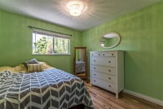 Photo 10: 15828 PROSPECT Crescent: White Rock House for sale (South Surrey White Rock)  : MLS®# R2184591