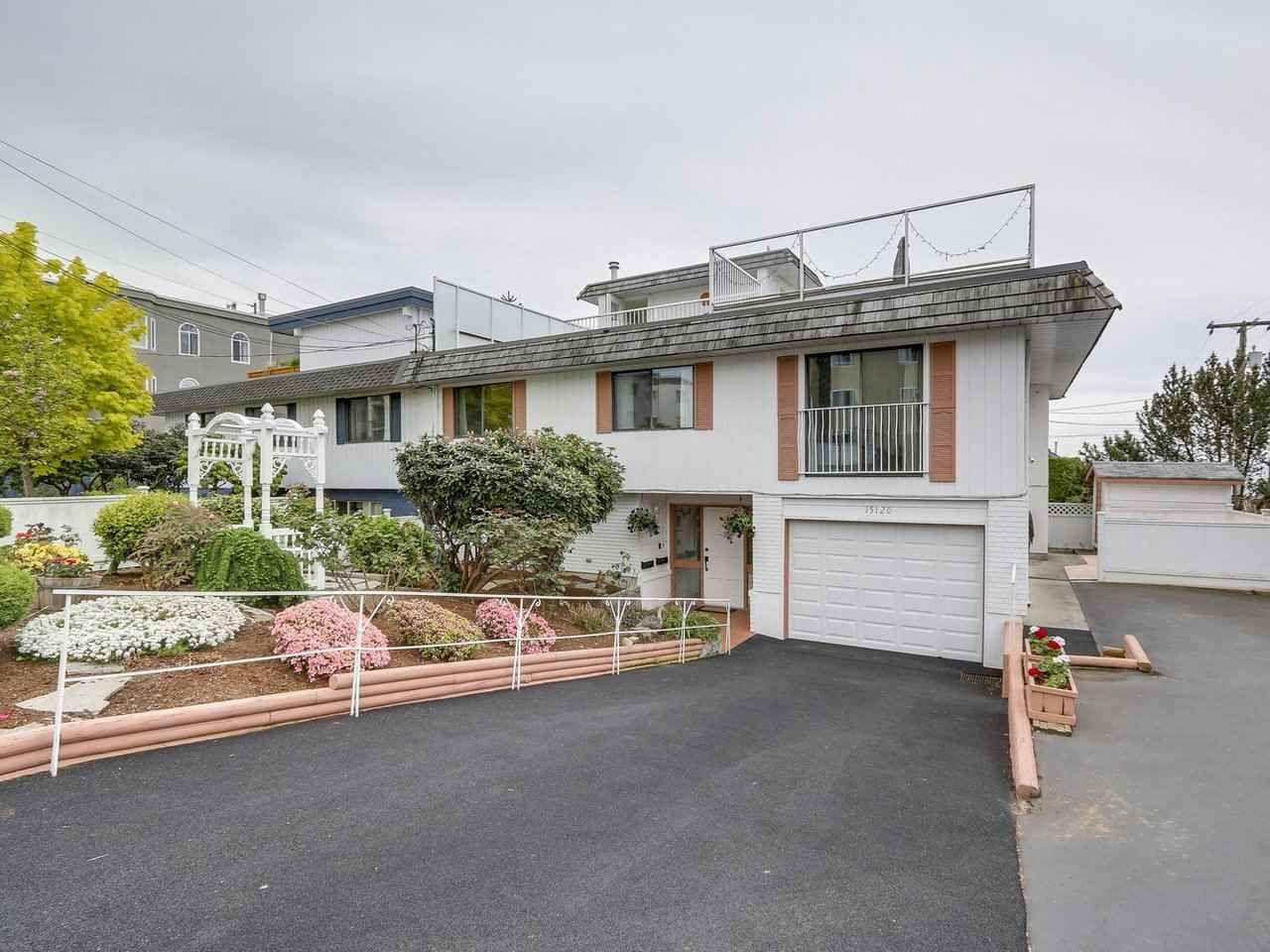 Main Photo: 15120 PROSPECT AVENUE: White Rock 1/2 Duplex for sale (South Surrey White Rock)  : MLS®# R2165190