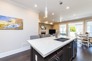 Photo 10: 216 E 20TH Street in North Vancouver: Central Lonsdale House for sale : MLS®# R2594496