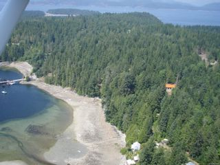Photo 2: 320 Huck Rd in : Isl Cortes Island House for sale (Islands)  : MLS®# 863187