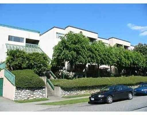"Main Photo: 218 140 E 4TH ST in North Vancouver: Lower Lonsdale Condo for sale in ""HARBOURSIDE TERRACE"" : MLS®# V559342"