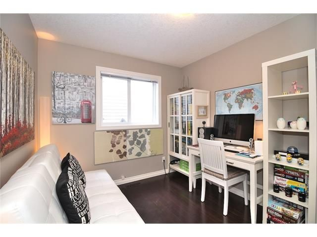 Photo 13: Photos: 30 EVERHOLLOW Heath SW in Calgary: Evergreen House for sale : MLS®# C4068362