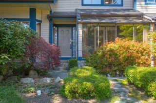 Photo 4: 1740 Lopez Pl in North Saanich: NS Dean Park House for sale : MLS®# 873603