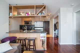 """Photo 6: 2006 1010 RICHARDS Street in Vancouver: Yaletown Condo for sale in """"The Gallery"""" (Vancouver West)  : MLS®# R2252672"""
