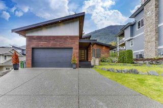 Photo 3: 7182 MARBLE HILL Road in Chilliwack: Eastern Hillsides House for sale : MLS®# R2509409