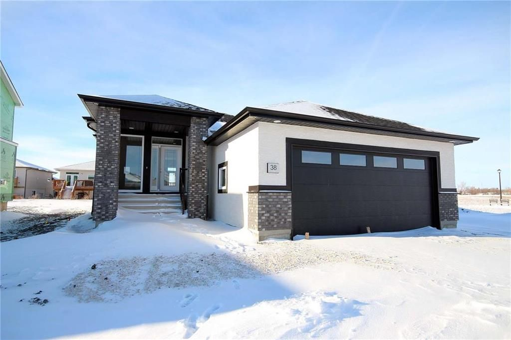 Main Photo: 46 Bartman Drive in St Adolphe: Tourond Creek Residential for sale (R07)  : MLS®# 202102027
