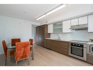 """Photo 3: 509 1635 W 3RD Avenue in Vancouver: False Creek Condo for sale in """"THE LUMEN"""" (Vancouver West)  : MLS®# V1026731"""
