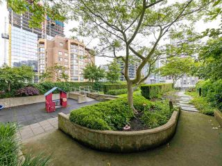 """Photo 22: 901 1133 HOMER Street in Vancouver: Yaletown Condo for sale in """"H&H"""" (Vancouver West)  : MLS®# R2470205"""