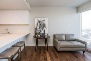 Photo 10: 3813 10360 102 Street in Edmonton: Zone 12 Condo for sale : MLS®# E4231481