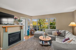 Photo 4: 7 864 Central Spur Rd in Victoria: VW Victoria West Row/Townhouse for sale (Victoria West)  : MLS®# 886609