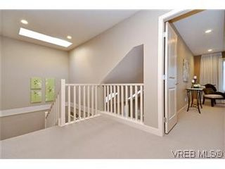 Photo 16: 3211 Ernhill Pl in VICTORIA: La Walfred Row/Townhouse for sale (Langford)  : MLS®# 590123
