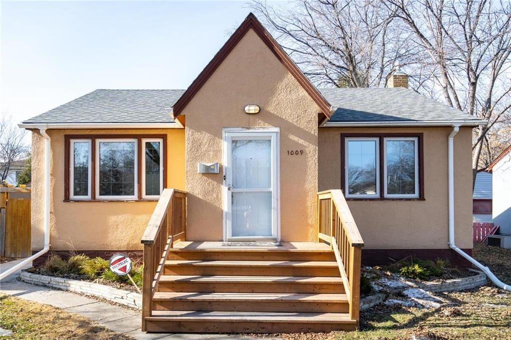 Main Photo: 1009 Fleet Avenue in Winnipeg: Crescentwood Residential for sale (1Bw)  : MLS®# 202006897