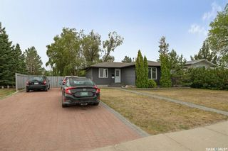 Photo 3: 2610 14th Street East in Saskatoon: Greystone Heights Residential for sale : MLS®# SK870086