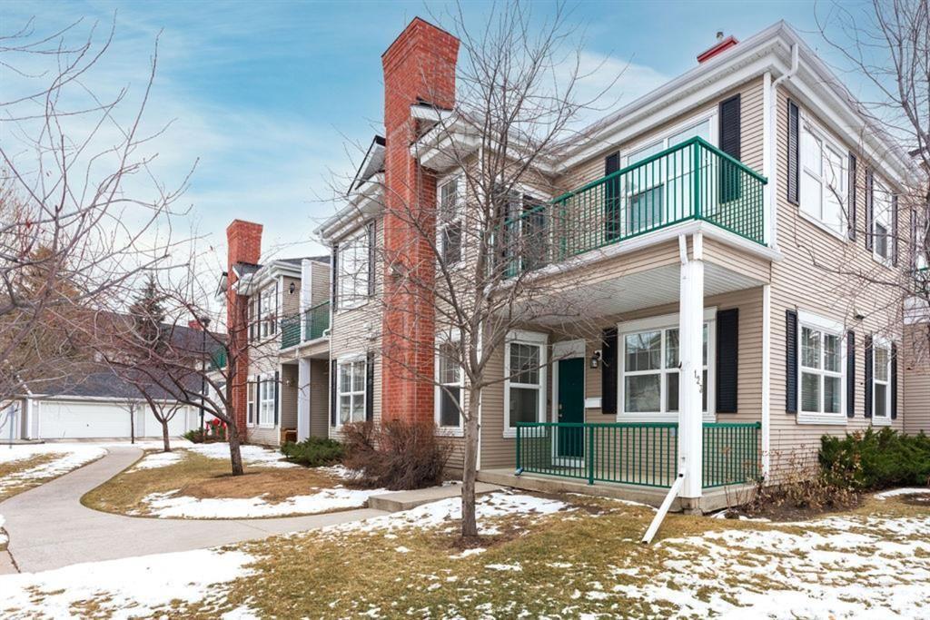 Photo 1: Photos: 123 Prestwick Gardens SE in Calgary: McKenzie Towne Row/Townhouse for sale : MLS®# A1052591