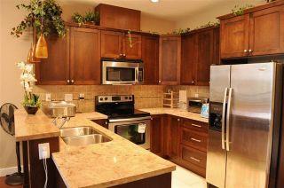 """Photo 4: 603 14333 104 Avenue in Surrey: Whalley Condo for sale in """"Park Central"""" (North Surrey)  : MLS®# R2156966"""
