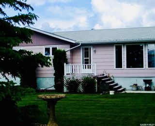 Photo 1: 178 3rd Street West in Pierceland: Residential for sale : MLS®# SK852234