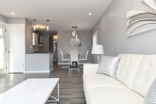 Photo 8: 16 1240 Wilkinson Rd in : CV Comox Peninsula Manufactured Home for sale (Comox Valley)  : MLS®# 881930
