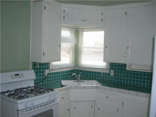 Photo 3: PACIFIC BEACH House for sale : 2 bedrooms : 4276 Lamont