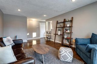 Photo 5: 4816 30 Avenue SW in Calgary: Glenbrook Detached for sale : MLS®# A1072909
