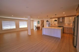 Photo 5: 20938 50 Avenue in Langley: Langley City House for sale : MLS®# R2587816