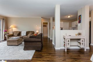 """Photo 10: 315 33175 OLD YALE Road in Abbotsford: Central Abbotsford Condo for sale in """"Sommerset Ridge"""" : MLS®# R2207400"""