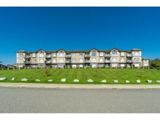 """Photo 3: A116 33755 7TH Avenue in Mission: Mission BC Condo for sale in """"THE MEWS"""" : MLS®# R2508511"""