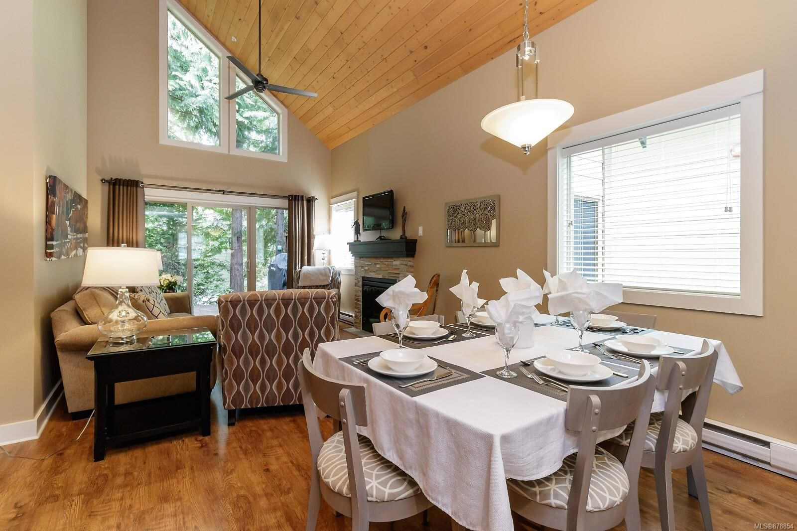 Photo 6: Photos: 223 1130 Resort Dr in : PQ Parksville Row/Townhouse for sale (Parksville/Qualicum)  : MLS®# 878854