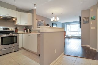 """Photo 14: 406 1242 TOWN CENTRE Boulevard in Coquitlam: Central Coquitlam Condo for sale in """"THE KENNEDY"""" : MLS®# R2543525"""