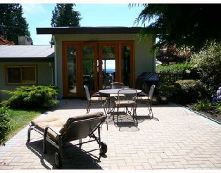 Photo 10: 772 HANDSWORTH Road in North Vancouver: Canyon Heights NV House for sale : MLS®# V698283