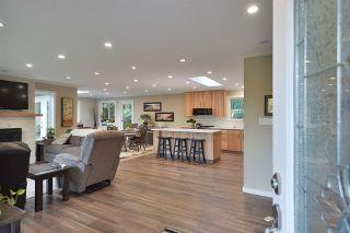 Photo 4: 5551 WAKEFIELD Road in Sechelt: Sechelt District House for sale (Sunshine Coast)  : MLS®# R2420714