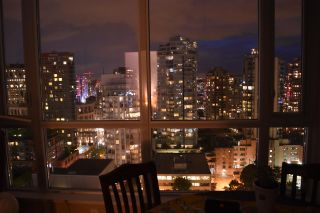 """Photo 15: 2003 833 SEYMOUR Street in Vancouver: Downtown VW Condo for sale in """"CAPITAL RESIDENCES"""" (Vancouver West)  : MLS®# R2087892"""