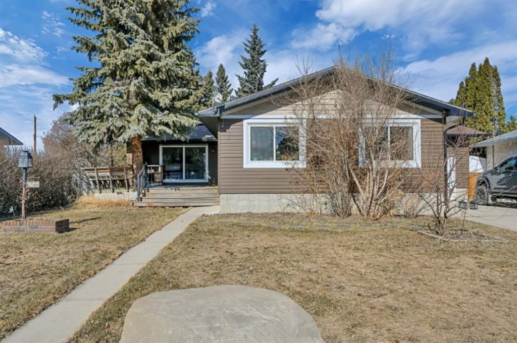 Main Photo: 5122 44 Street: Olds Detached for sale : MLS®# A1090118