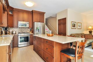 """Photo 10: 88 9025 216 Street in Langley: Walnut Grove Townhouse for sale in """"Coventry Woods"""" : MLS®# R2356730"""