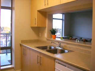 "Photo 9: 1105 3660 VANNESS Avenue in Vancouver: Collingwood VE Condo for sale in ""CIRCA"" (Vancouver East)  : MLS®# V681696"