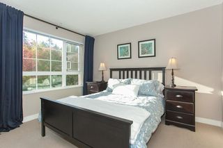 Photo 12: 202 2940 KING GEORGE BOULEVARD in South Surrey White Rock: King George Corridor Home for sale ()  : MLS®# R2314708
