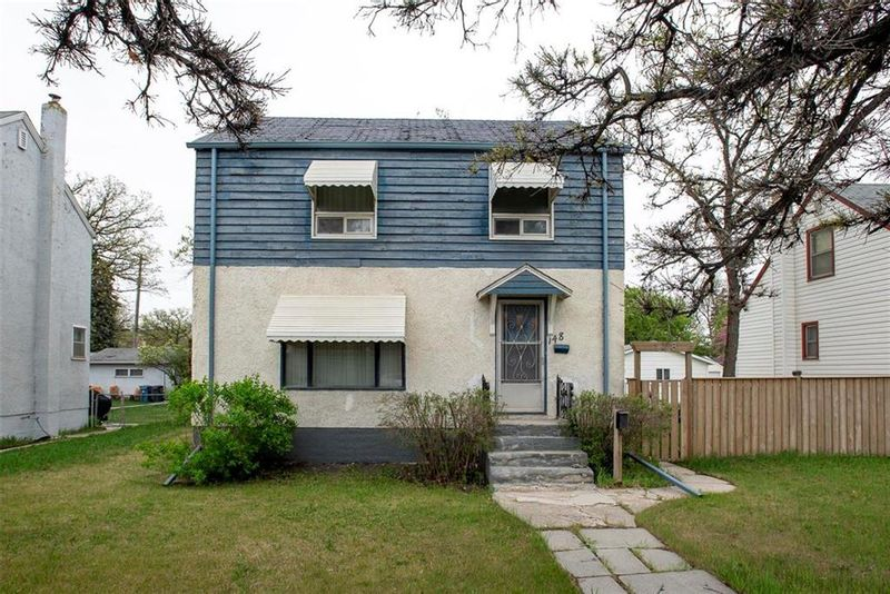FEATURED LISTING: 148 Kenaston Boulevard Winnipeg